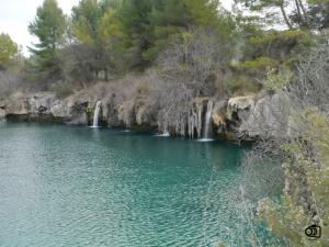 Vista de los travertinos formados en las lagunas